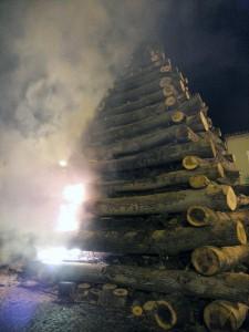 accensione fuoco di Sant'Antonio Tossicia